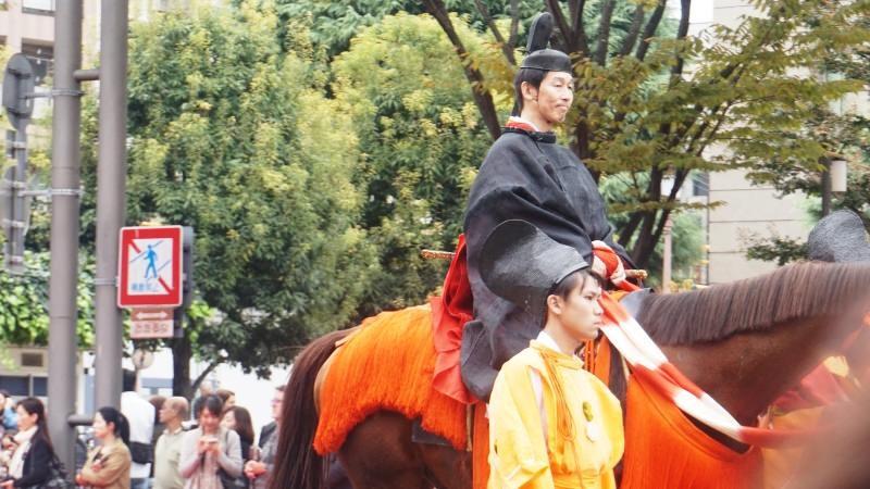 不只是武士會騎乘在馬背上