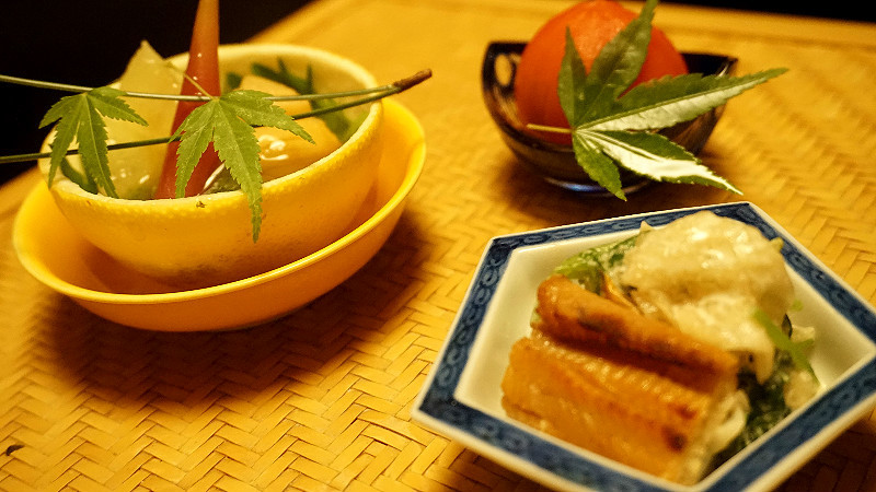 油脂分布均勻的生魚片