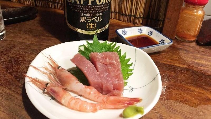 甘甜鮮蝦和生鮪魚片
