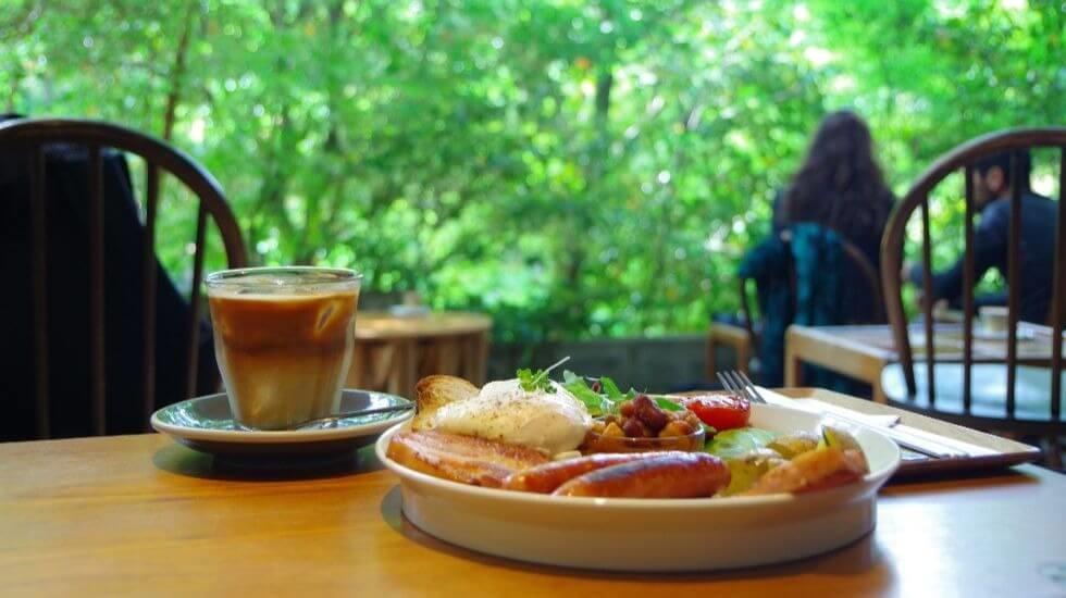 Vermillion café