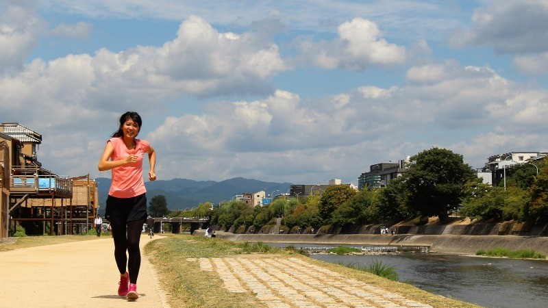 Really many people go running by the Kamo River in the morning