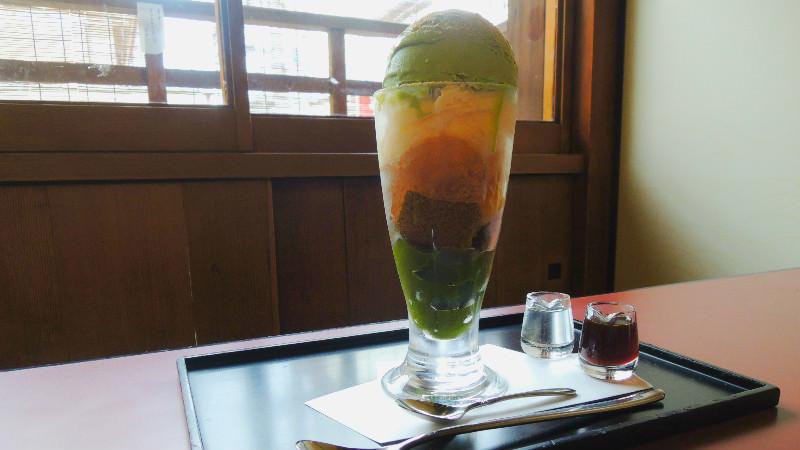 Warabi-mochi parfait