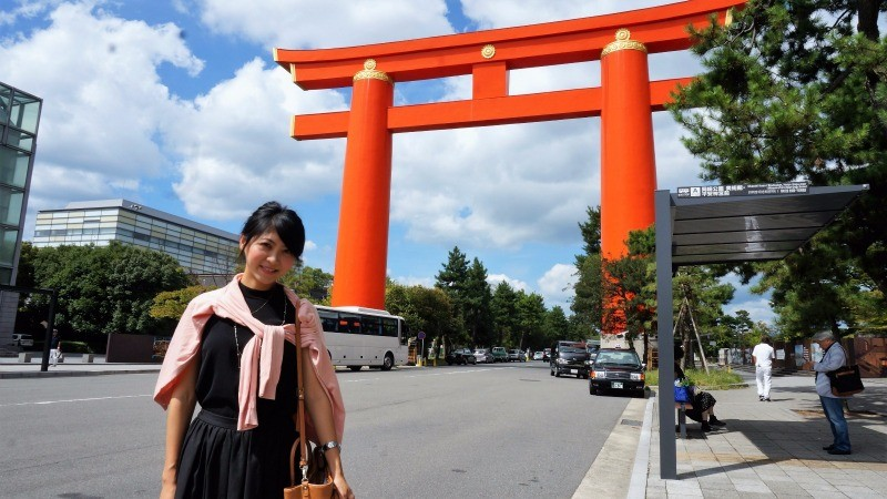 The vermilion torii gate of Heian Shrine
