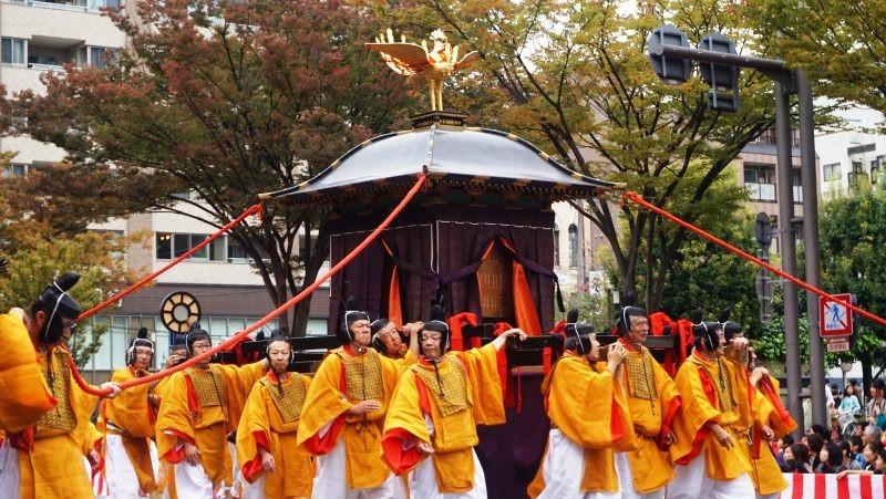 Shinko-retsu Procession