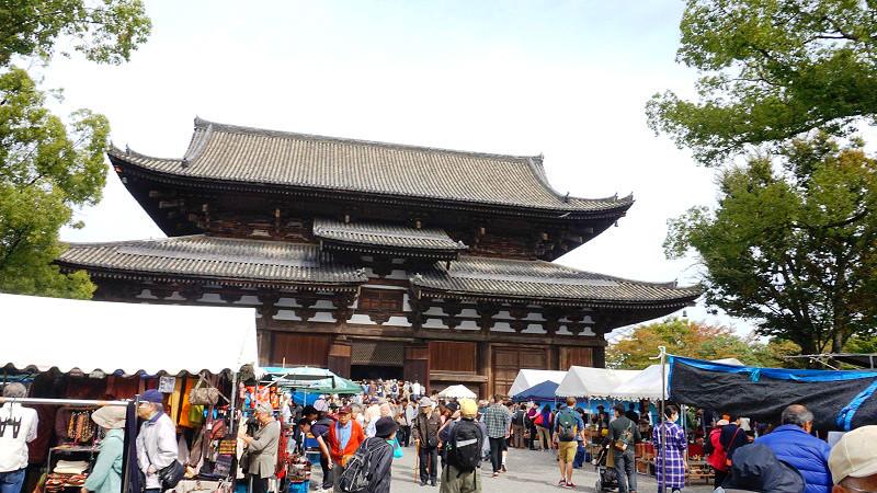 東寺的弘法市集