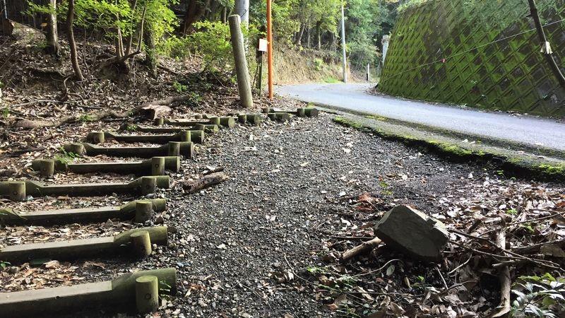 通往神峯山寺的馬路