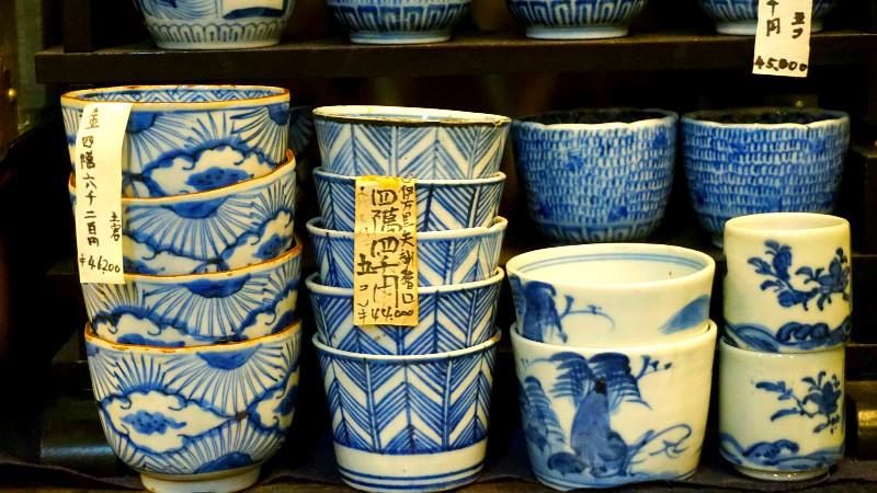 old Imari and Imari porcelain